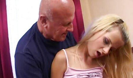 वह एक नए साथी के साथ आराम इंग्लिश में सेक्सी मूवी सेक्स करना चाहता था