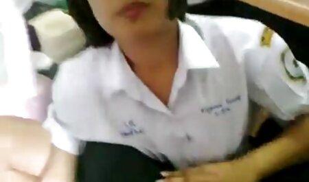 एक टैक्सी ड्राइवर एक ग्राहक से सेक्सी हिंदी मूवी वीडियो में एक गर्म और बेकाबू सेक्स प्राप्त