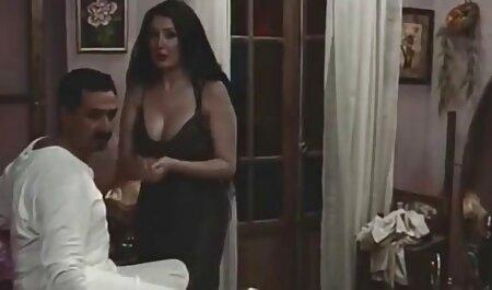 बिग हिंदी सेक्सी मूवी वीडियो में लड़कियों पानी