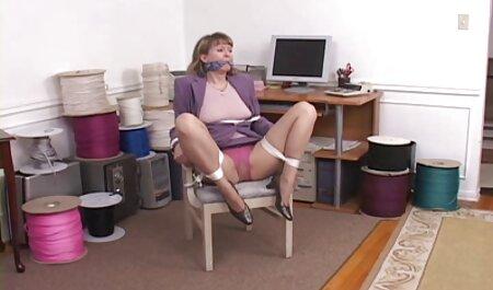 पत्नी के सेक्सी फुल मूवी वीडियो में साथ जबरन वसूली की मदद से आदमी