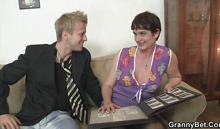 एक खूबसूरत सेक्सी मूवी वीडियो में सेक्सी लड़की के साथ सेक्स