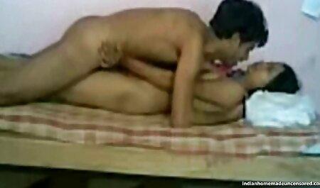 एक पेशी आदमी के साथ छेड़खानी हिंदी में फुल सेक्सी मूवी करने के लिए उसे धूम्रपान के दो
