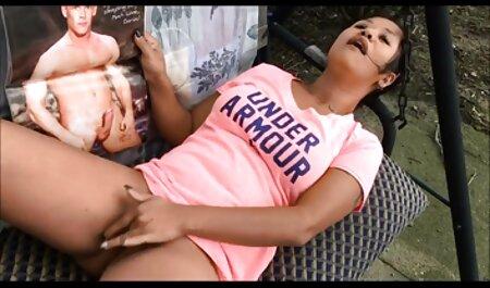 उसकी टोपी में एक हिंदी में सेक्सी मूवी वीडियो में सदस्य रोपण एक व्यक्ति