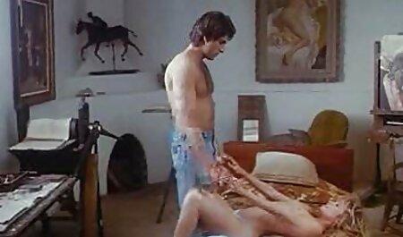 सुनहरे बाल सेक्सी मूवी हिंदी में वीडियो वाली मूठ मारना अकेले आकर्षक महिला