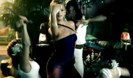 कास्टिंग में निदेशक के साथ सेक्सी में हिंदी मूवी वेश्या खेलते हैं ।