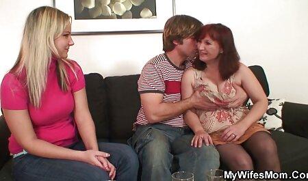 एक नाजुक लड़की के मूवी सेक्सी पिक्चर वीडियो में लिए तीन पुरुषों