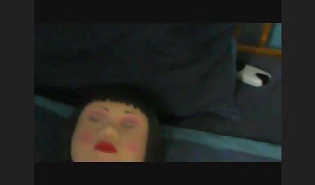 किसी न फुल सेक्सी मूवी वीडियो में किसी मालिश कुर्सी पर सेक्सी ग्राहक बारी
