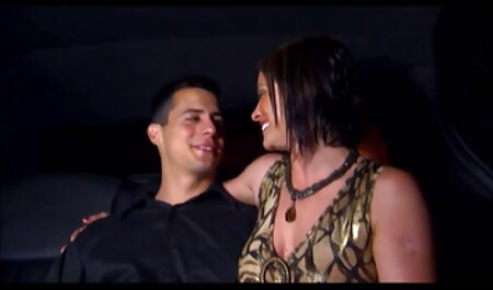 उसके प्रेमी के सेक्सी मूवी वीडियो में साथ रसोई घर में गोरा